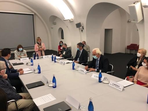 Il tavolo di lavoro per la firma del Protocollo al Forte di Bard