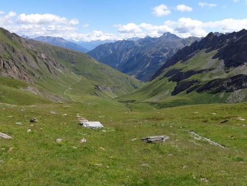 La vallata dove si sviluppa il tratto di sentiero (immagine da skiforum.it)