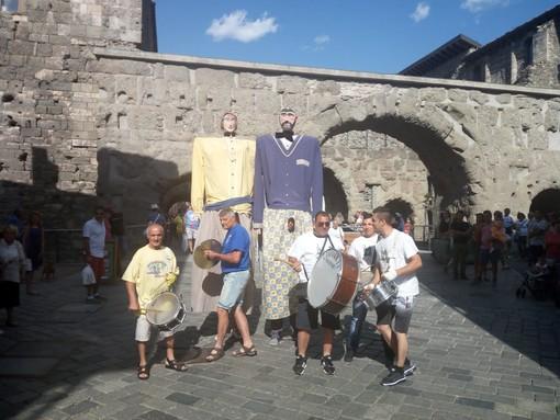 L'arrivo della ruota panoramica in località Monfleury ad Aosta
