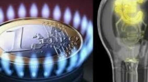 Aumentano i costi di elettricità (+3,8%) e gas (+3,9%)