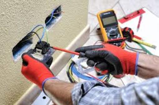 Progetto Formazione: Selezioni per conseguimento qualifica impiantista elettrico