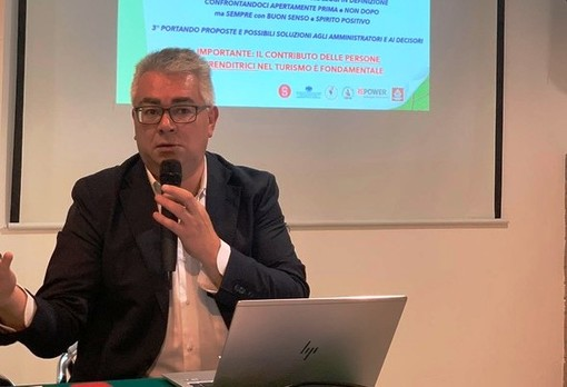 Luca Ghiorzi interpella i giornalisti piero minuzzo risponde