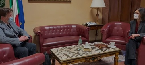 Presidente Lavevaz, 'poste basi per ottima collaborazione con ministro Gelmini'