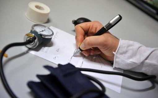 In Valle calata la spesa sanitaria ma anche i medici