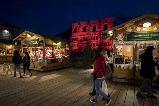 Aosta: Più chalet al MarchéVertNoel 2019