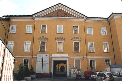 La mostra è allestita al Museo archeologico regionale
