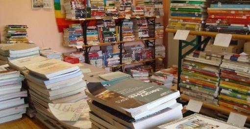 Aosta: Alla Biblioteca Bruno Salvadori il Mercatino del libro usato
