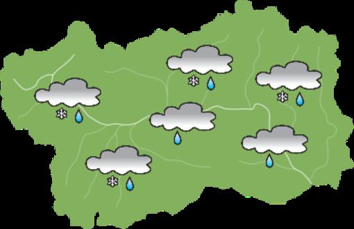 Domenica di nubi e pioggia sulla Valle