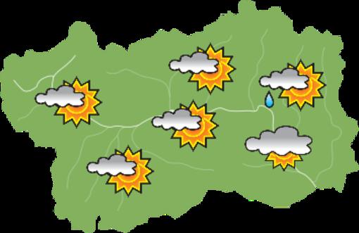 Un timido sole e rischio temporali pomeridiani domenica sulla Valle