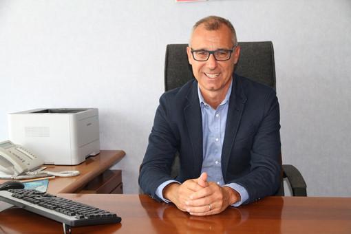 Il Direttore amministrativo Marco Ottonello soddisfatto per la firma del contratto