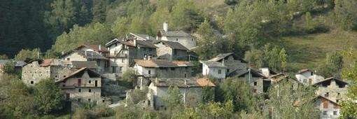 L'abitato di Parleaz