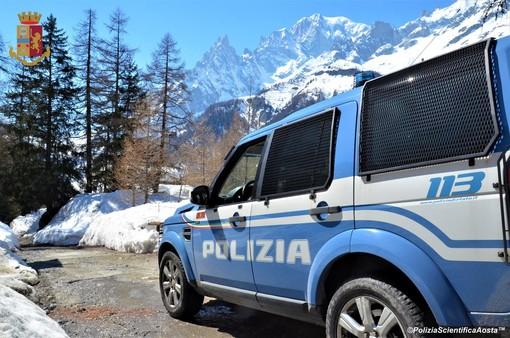 Coniugi romeni denunciati al traforo del Bianco per ricettazione