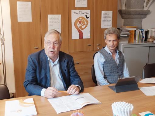 Il professor Pietro Passerin D'Entreves insieme al sindaco di Aosta e neo socio del Circolo, Gianni Nuti