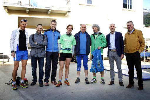 Atleti, amministratori e consiglieri regionali e comunali partecipano a 'Pulisci e corri'