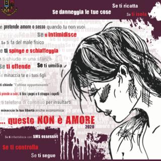 La polizia contro la violenza alle donne con 'Questo non è amore'