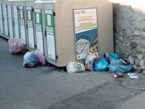 Aosta: Alla De Vizia il bando rifiuti; offerta 'troppo bassa' per la Cuc che 'congela' la gara