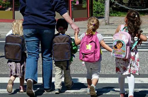 Famiglie valdostane favorevoli scuola a settembre ma c'è paura per rischio contagio