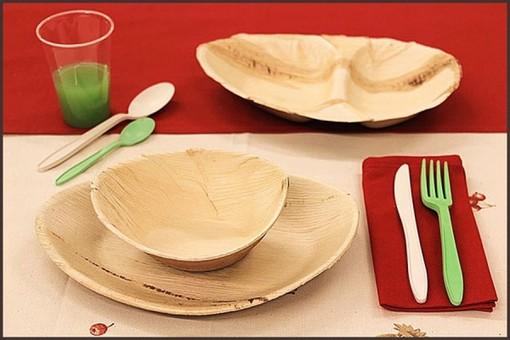 Dal 3 luglio stop a piatti, cannucce, posate e altri oggetti in plastica monouso