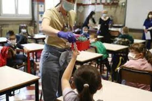 Autorizzati dalla Regione i test salivari per motivi professionali, ma non ancora nella scuola