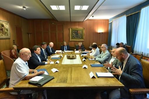 Le Président Fosson annonce le projet pour la valorisation de l'émigration valdôtaine par le «Museé de la mémoire»