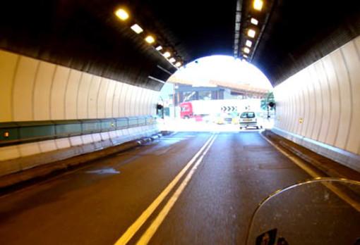 VIABILITA': Cantiere stradale al G.S. Bernardo blocca traffico dalla Svizzera