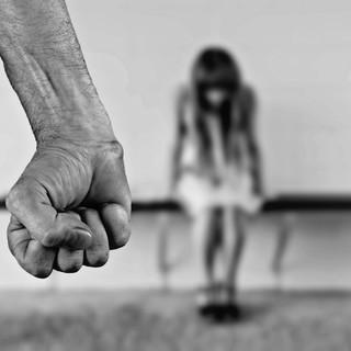 Sulla app YOUPOL della polizia possibile segnalare violenze domestiche