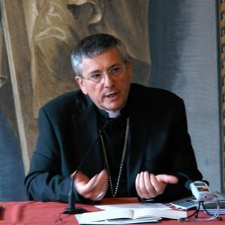 Mons. Franco Lovignana Vescovo di Aosta
