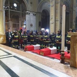 Anche la Valle d'Aosta ai Funerali dei vigili del fuoco di Alessandria
