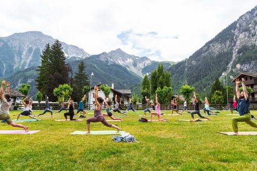 Nelle vallate ai piedi del Bianco i fine settimana dedicati dello Yoga